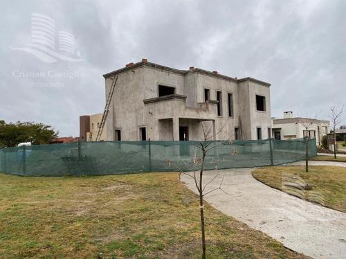 Imagen 1 de 1 de Casa - Venta - 4 Ambientes - Puerto - El Canton  - Escobar