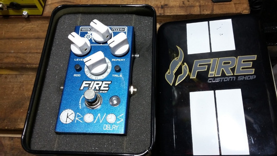 Pedal Fire Custom Shop Kronos Delay Guitarra Ou Baixo