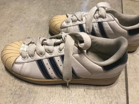 Zapatillas adidas Blancas Con Tiras Azules Talle 38
