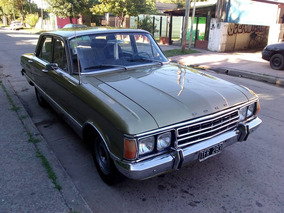 Ford Deluxe 77