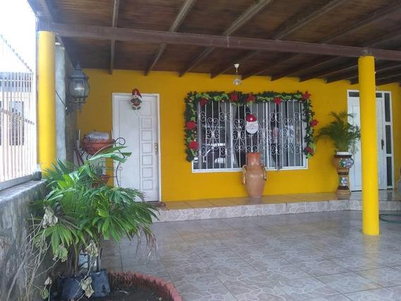 Venta De Casa Urbanización Los Girasoles, Tipuro 2