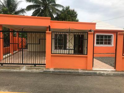 Casa Disponible En El Higuero, La Vega