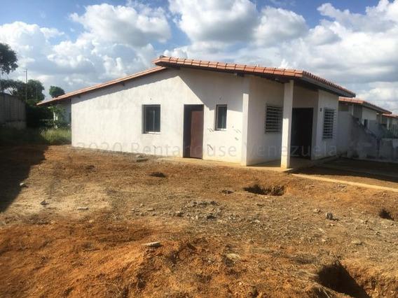 Casa En Venta Cabudare Lara 21-7111 Jcg