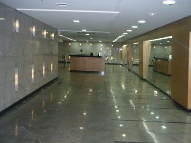 Sala A Venda No Centro! - Pon243