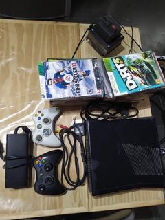 Xbox 360 S Chipeada Con 2 Controles Mas De 20 Juegos Y Trafo