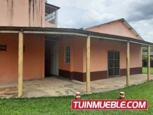 Casa En Venta En Sabana Del Medio Tocuyito 19-13522 Valgo