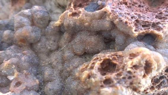 Calcedônia Cristal E Quartzo - Pedras Brutas Para Coleção