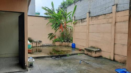 Apartamento En Renta Zona 16, Independiente Tipo Casa