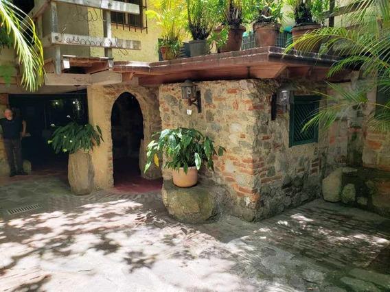 Posada En Venta Los Palos Grandes Mls- 20-14704