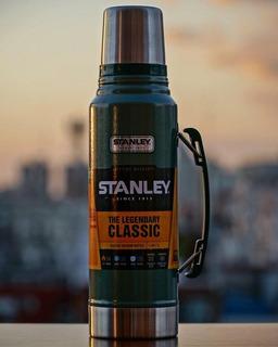 Termo Stanley 1 Litro Classic Con Tapón Cebador Y Caja