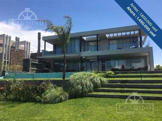 Casa - Barrio Náutico Albanueva - Rincón De Milberg, Con Amarra Al Rio