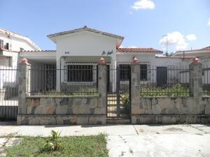 Casa En Venta Trigal Norte Valencia Código 20-4452 Polo