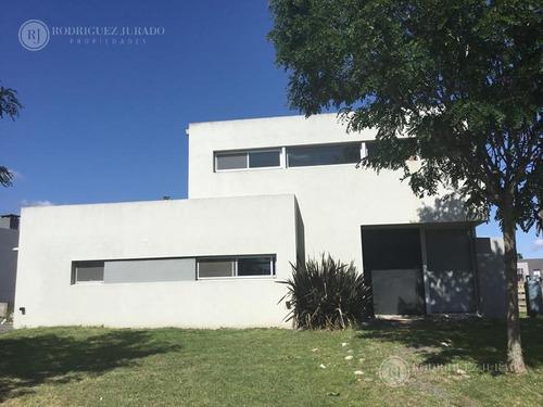 Lindísima Casa Lote Interno En Cul De Sac Con Pileta - San Matias - Escobar