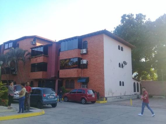 Apartamento En Alquiler El Limon 04141291645