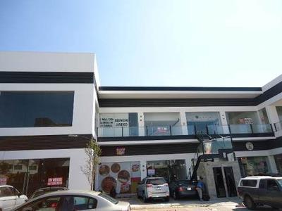 Renta Local Comercial En Plaza Milenio Iii Dos Niveles