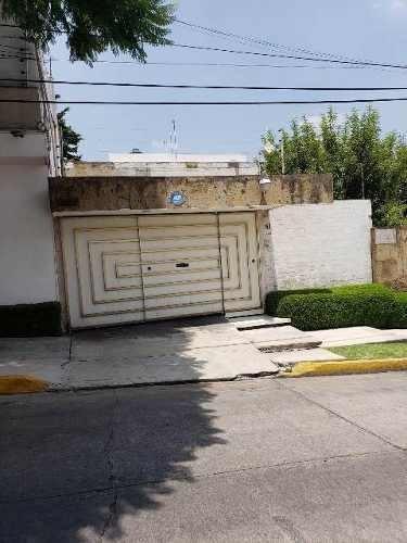 Casa En Venta En Lomas De Tecamachalco ( 445696 )