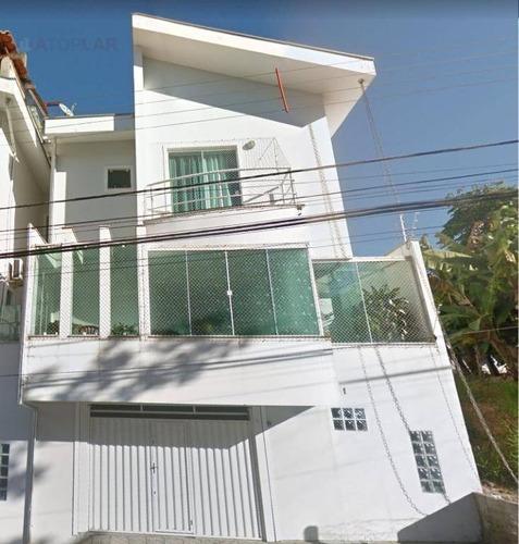 Sobrado Com 2 Dormitórios À Venda, 226 M² Por R$ 880.000,00 - Ariribá - Balneário Camboriú/sc - So0013