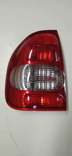 Imagen 1 de 5 de Stop Chevrolet Corsa Izquierdo 2000 - 2005 4 Puertas Depo