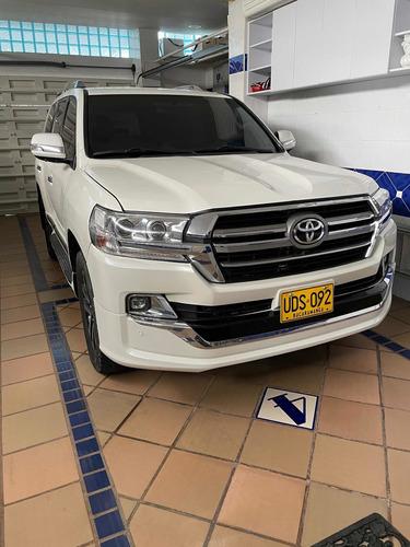 Toyota Land Cruiser 200 Toyota Sahara