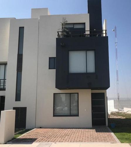 Casa En Venta En El Mirador, Queretaro, Rah-mx-20-2051