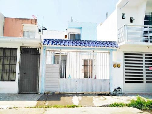 Casa En Venta En Fracc. Las Vegas . Boca Del Río, Veracruz.
