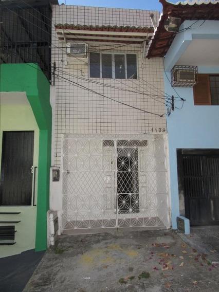 Casa Com 1 Dormitório Para Alugar, 70 M² Por R$ 800,00 - Tirol - Natal/rn - Ca7334