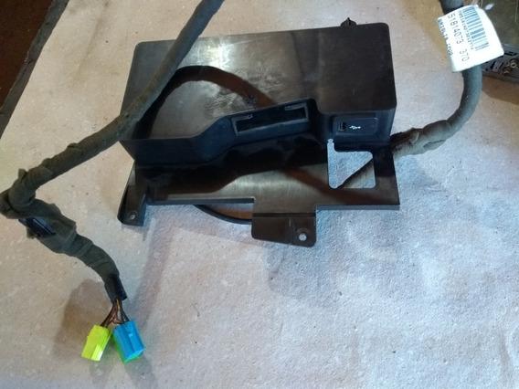 Usb + Cabo Usb iPod Fiat Linea Punto Strada Bravo 51814073