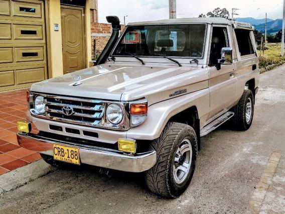 Toyota Land Cruiser 1990