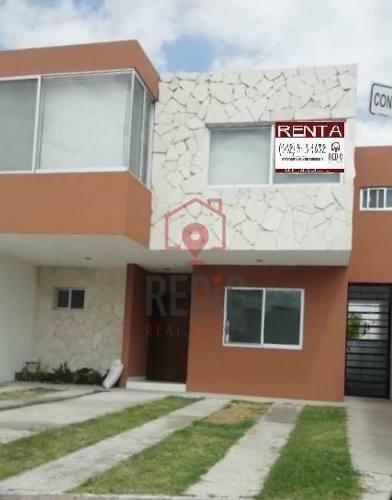 Casa En Renta De 3 Habitaciones En Condesa Juriquilla