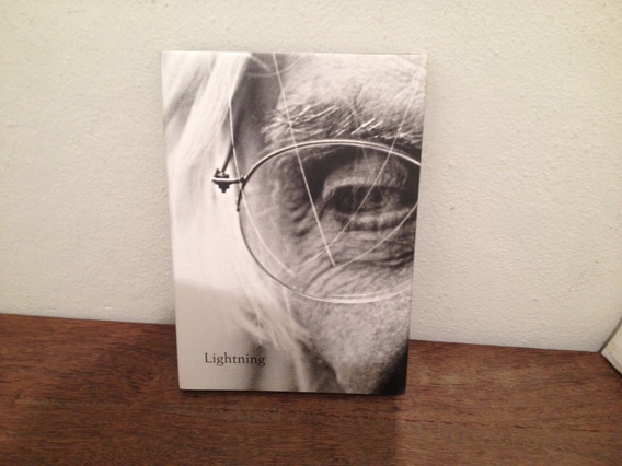 Livro Lightning - Ferreira Gullar - Capa Dura - Em Inglês