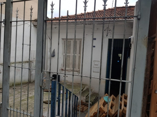 Imagem 1 de 4 de Casa 1 Quarto Santo André - Sp - Vila Alzira - V4518