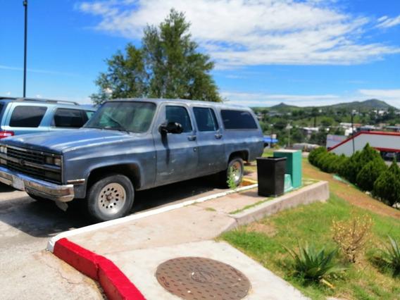 Chevrolet Suburban Antigua