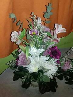 Arreglos Florales Artificiales En Jarrones Altos En Mercado
