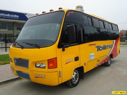 Bus Nissan Non Plus Ultra