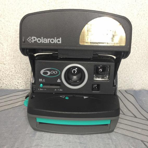 Câmera Polaroid 600 Round Instant