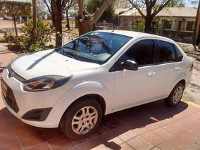 Ford Fiesta Max 2011