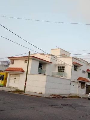 Hermosa Casa A La Venta En Quevedo, Coatzacoalcos, Ver.