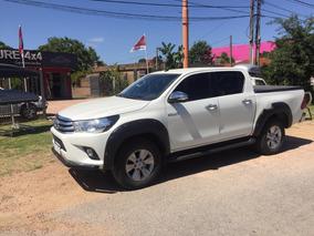 Toyota Hilux 2.7 Srv 2016 4x4