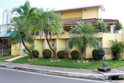 Vendo Casa #18-8300 **hh** En Betania