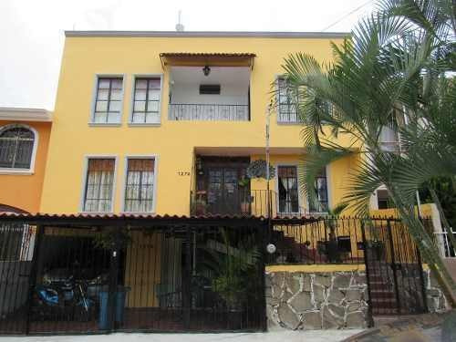 Casa Fray Junípero Serra, Colinas De La Normal