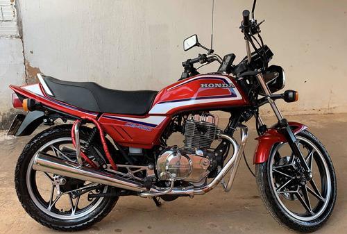 Imagem 1 de 3 de Honda Cb400