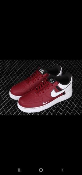 Nike Air Force 1 07 Cod 0002