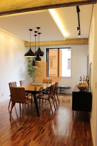 Apartamento Tomalmente Reformado - Pe8439