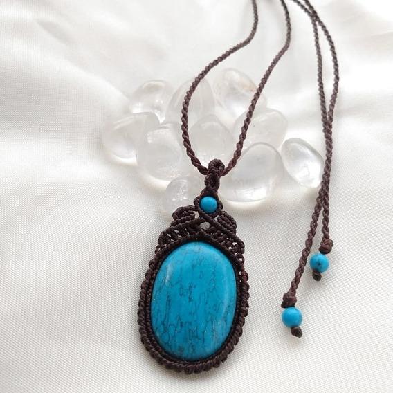 Colar Macramê Com Howlita Azul(turquesa)