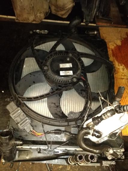 Kit Radiador E Condensador Bmw X1 2011/2012 6cc