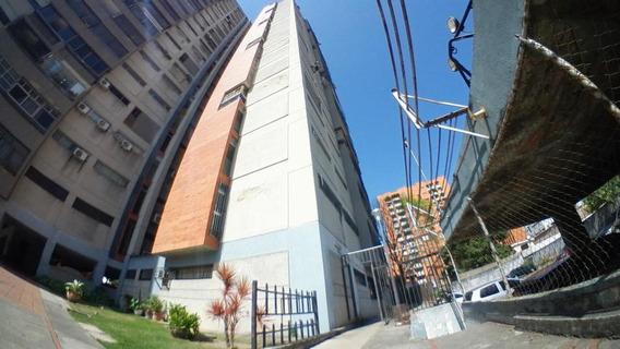 Apartamento En Venta Este Barquisimeto 20-10905 As