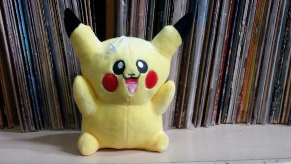 Boneco Pelúcia Pikachu-toca Musica Musica Temos Que Pegar