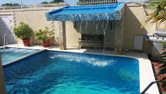 Casa En Venta, Urb Los Olivos, 20-5459, Em