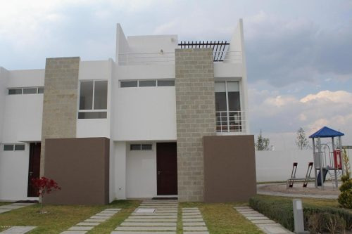 Casa En Venta En Zakia, El Marques, Rah-mx-20-544