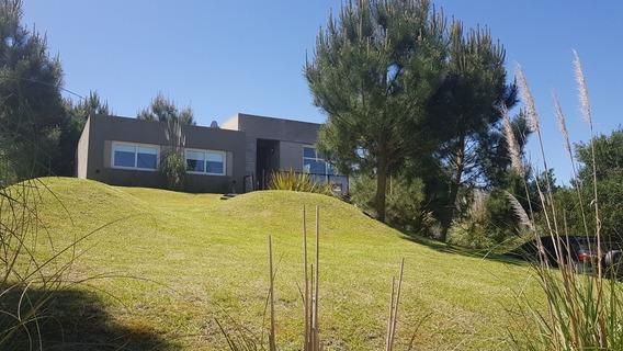 Casa En Deportivo Costa Esmeralda Disponible